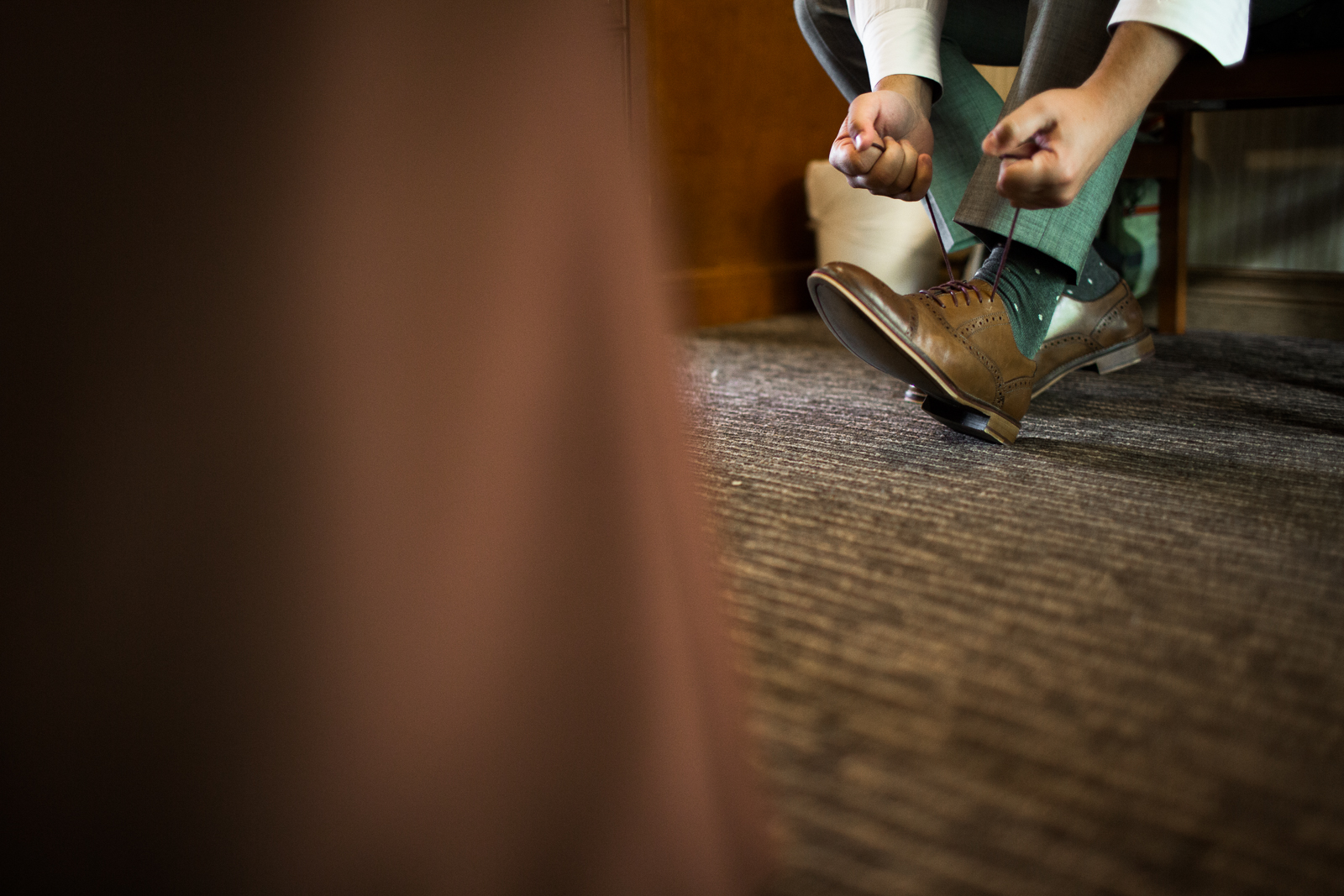 20Willow_and_Wolf_Photography_Katie_and_James_Waterton_Wedding_Blog172-Willow_and_Wolf_Photography_Katie_and_James_Waterton_Wedding_GettingReady_ATP_4046