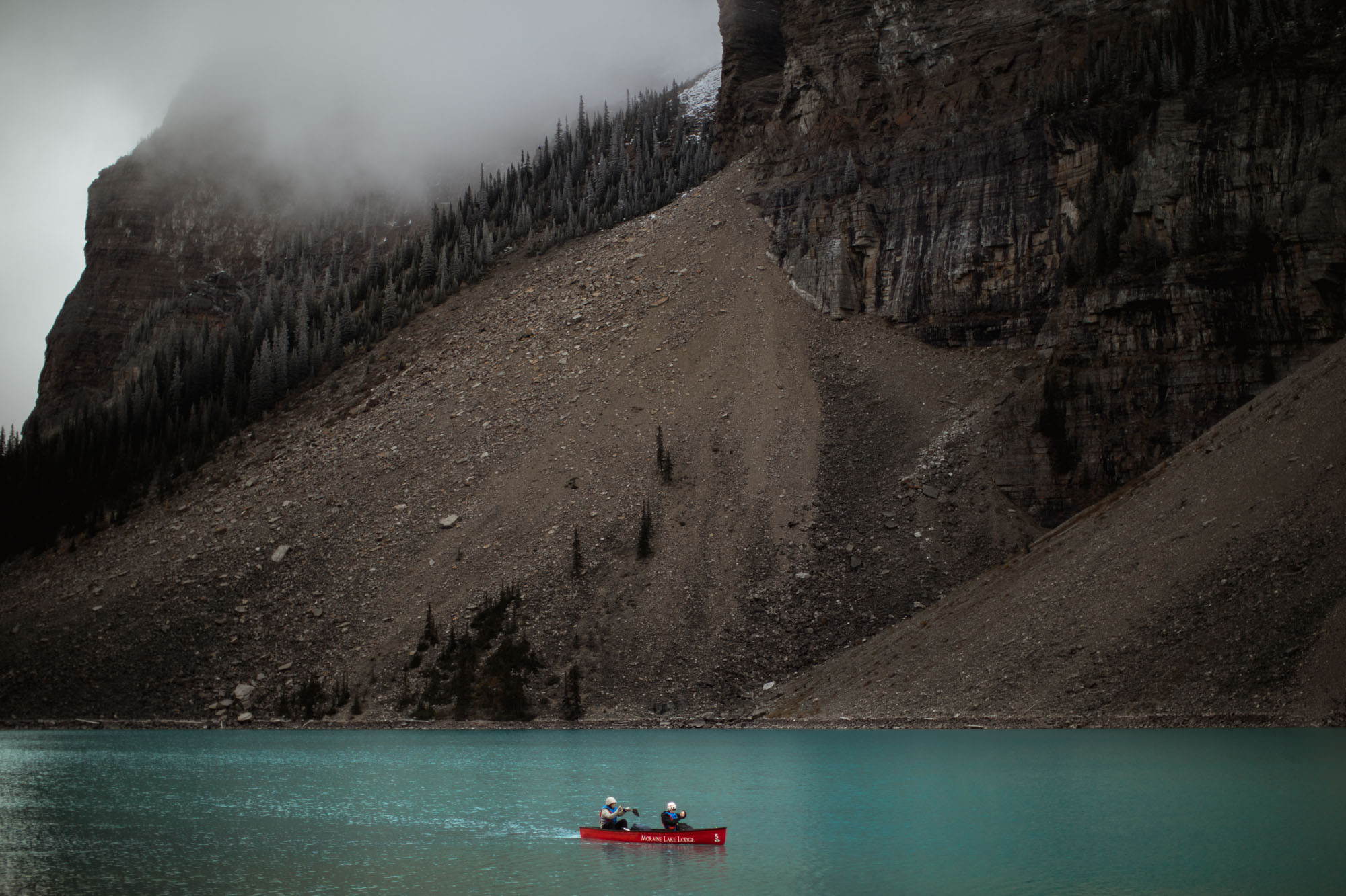 Moraine Lake Engagement - Willow and Wolf Photography