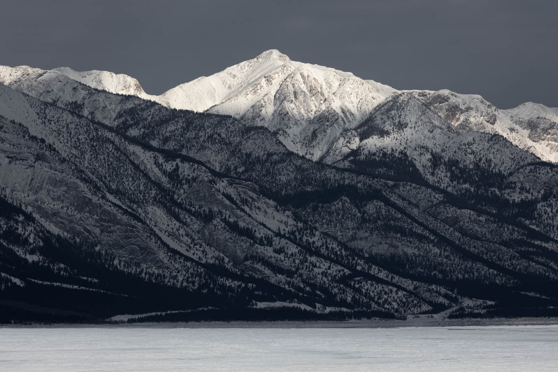 Abraham Lake Scenery
